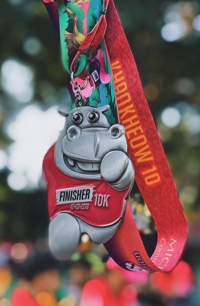 マラソンの完走メダル